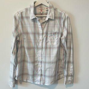 Levi's Classic Fit Button Up Shirt
